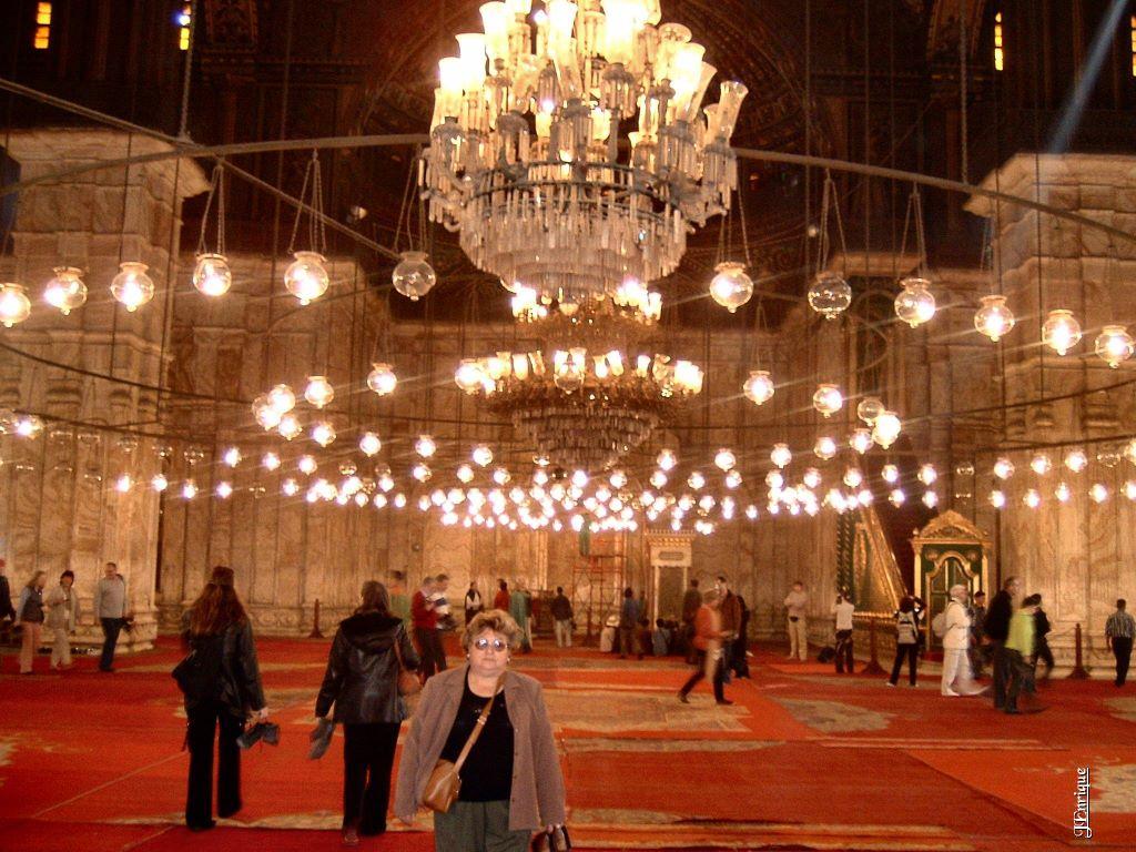 Interior Mezquita de Alabastro - Descubriendo la cultura egipcia