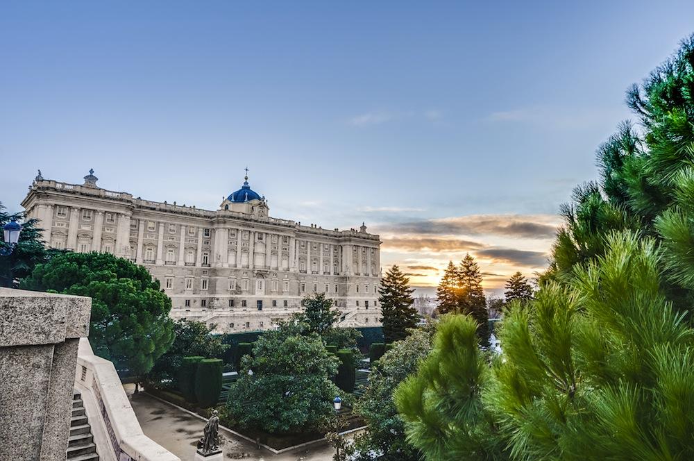 Jardines de sabatini de madrid visitas horarios y for Hotel jardines sabatini