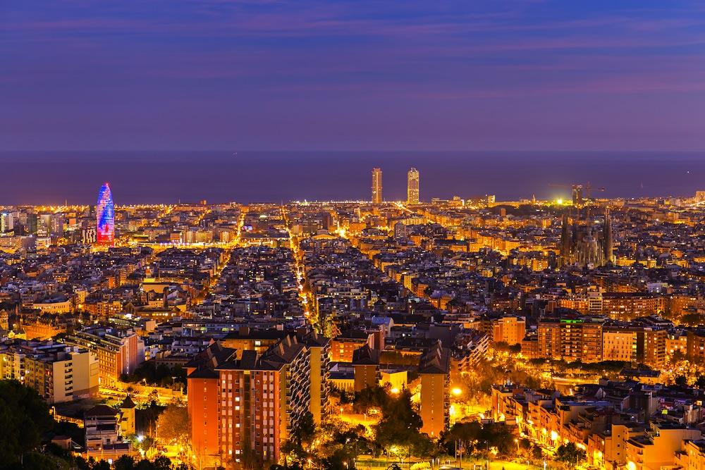 Turismo en barcelona viajes gu a de barcelona for Alojamiento en barcelona espana