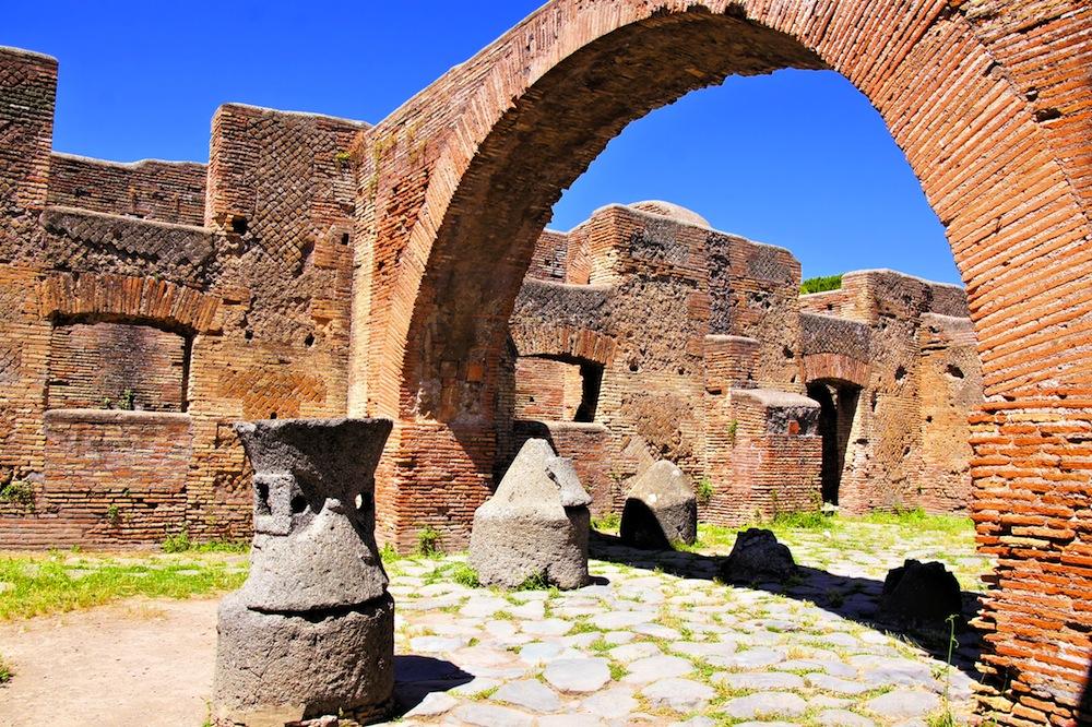 Visitar el Coliseo: imágenes, historia, horarios y precios ...