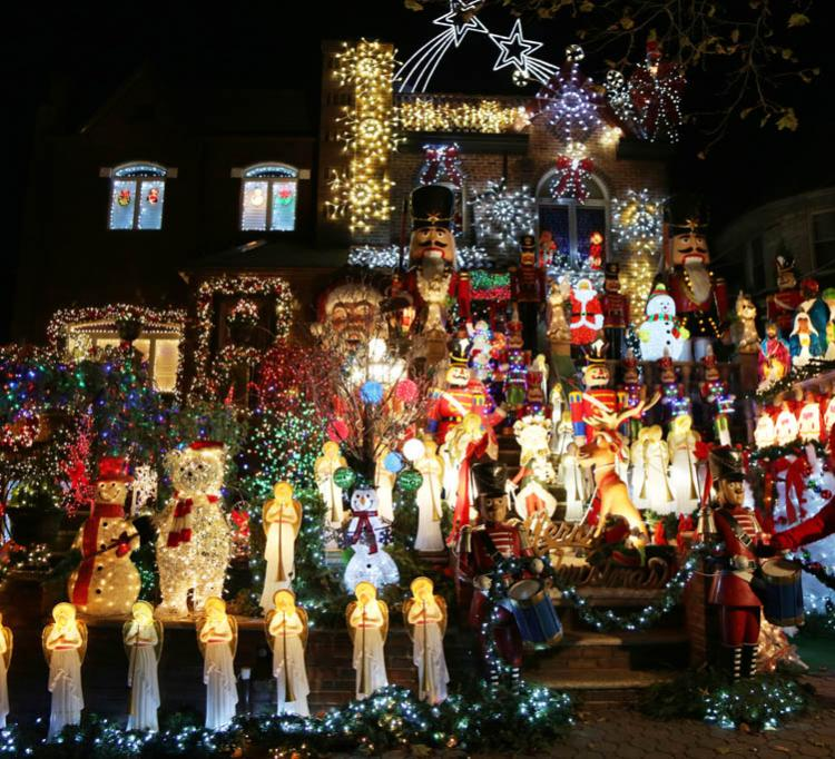 Las mansiones de Dyker Heights en Brookyn, con su decoración navideña