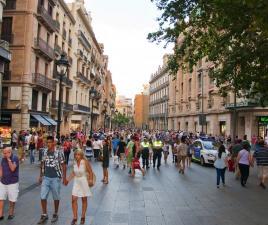Tiendas de Barcelona. Tiendas en Barcelona de ropa eef41b8c3b3