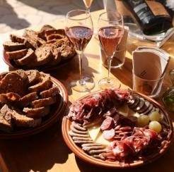 Brunch con productos regionales
