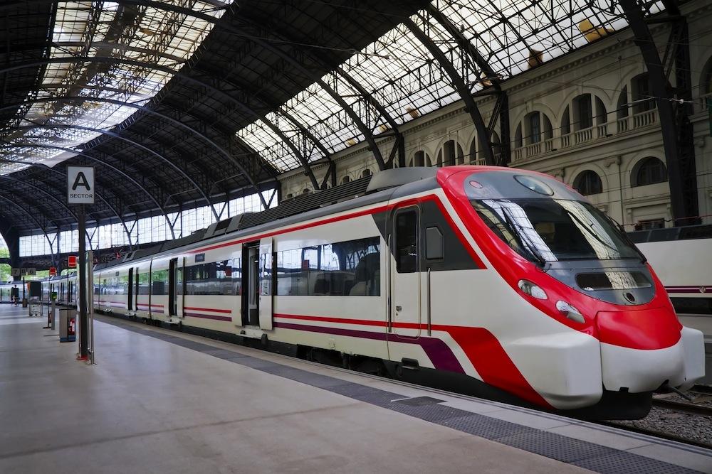 Llegar en tren a barcelona billetes precio horarios for Precio tren nocturno barcelona paris